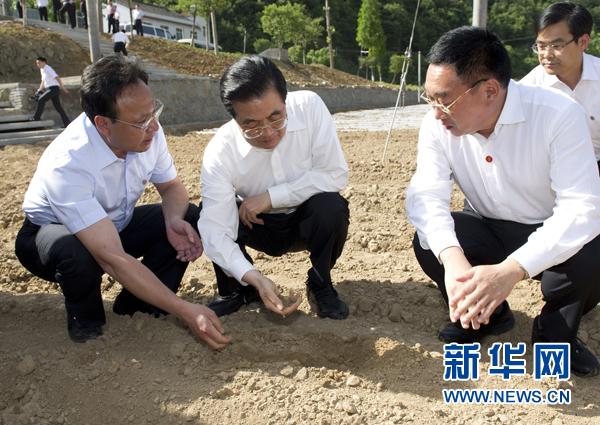 Hu Jintao: la lutte contre la sécheresse dans les régions rurales est une 'mission urgente' pour les autorités locales