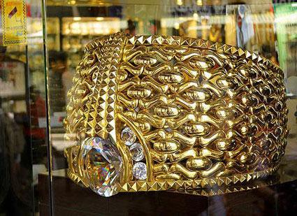 Au Géante Bague Dubaï La De Marché L'or Ib6Ygyf7v