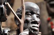 Un boutique de souvenirs touristiques au Kenya