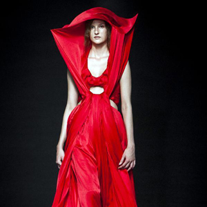 Fashion Week Haute Couture à Paris : le défilé du styliste chinois Yin Yiqing