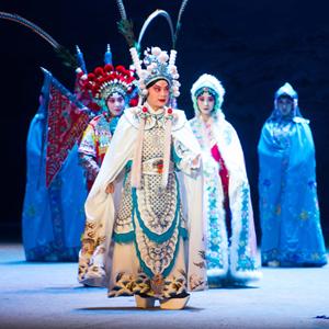 L'opéra de Pékin Chibi présenté à Budapest