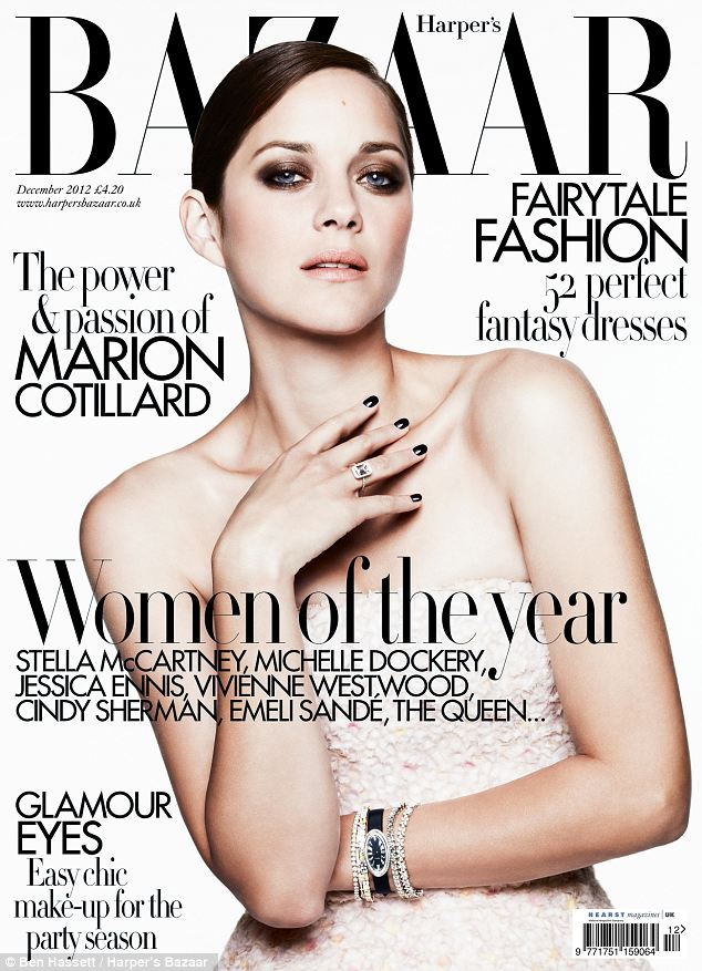 marion cotillard en couverture du magazine bazaar. Black Bedroom Furniture Sets. Home Design Ideas