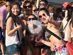 Le festival Intro 2012 à Beijing, grande fête des amateurs de la musique électronique
