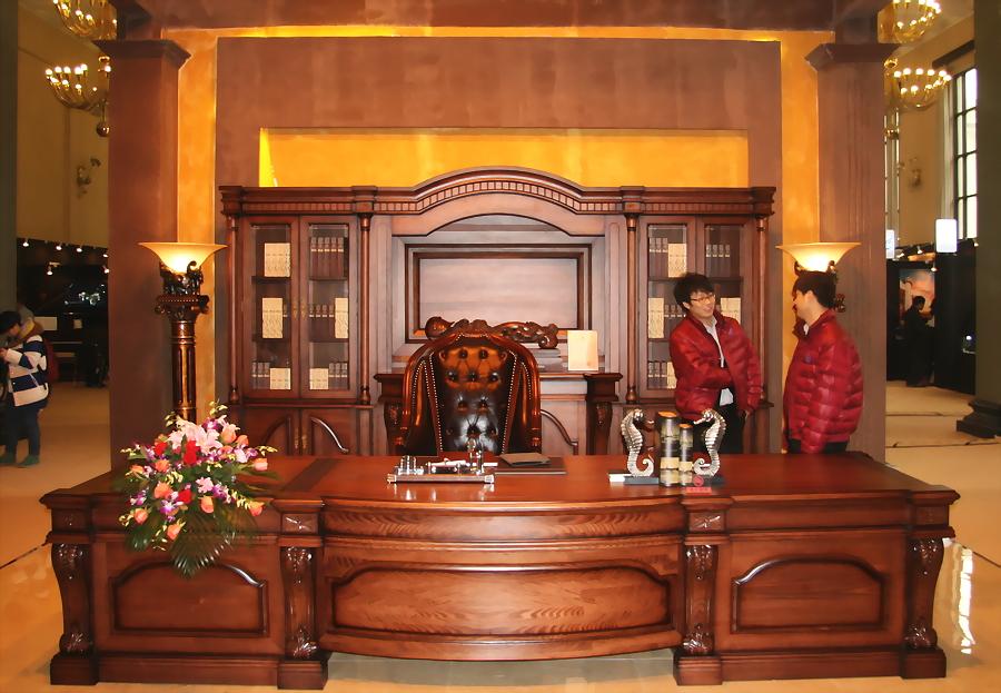 envie de luxe le salon du grand luxe ouvre ses portes beijing. Black Bedroom Furniture Sets. Home Design Ideas