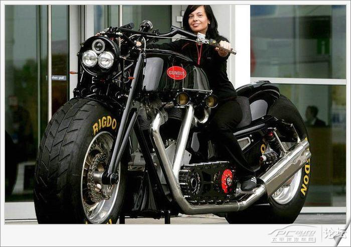 les plus grosses motos du monde. Black Bedroom Furniture Sets. Home Design Ideas