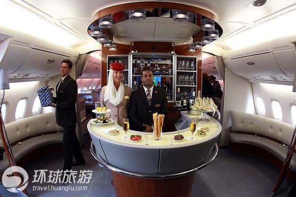 A L Ecole Des Hotesses De L Air D Emirates Airlines