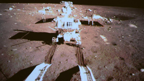 Le rover lunaire chinois s'est séparé du module d'alunissage