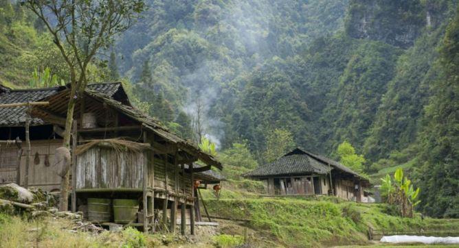 Photos les 35 lieux les plus myst rieux du monde - Village de chine le mans ...