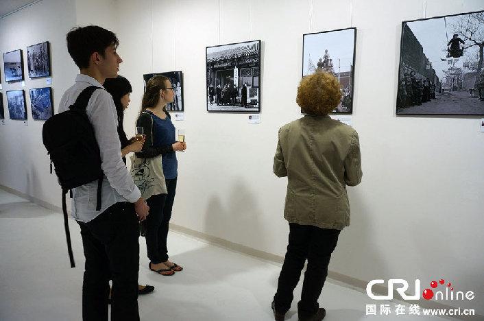 Ouverture à Paris de l'exposition 'Le Rêve de la Chine - L'Evolution de la Vie des Chinois et de la Société Chinoise'