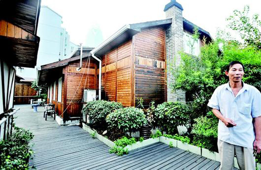 wuhan la villa sur le toit de l 39 immeuble doit elle tre d molie. Black Bedroom Furniture Sets. Home Design Ideas