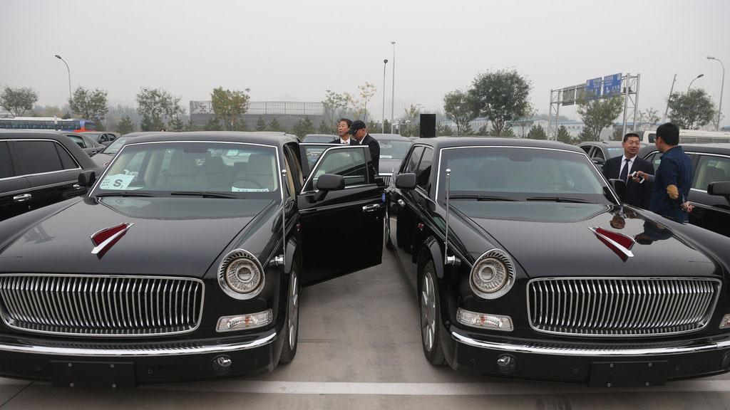 Des voitures Hongqi pour l'accueil des dirigeants de l'APEC à Beijing