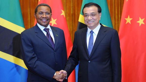 Le PM chinois rencontre le président tanzanien
