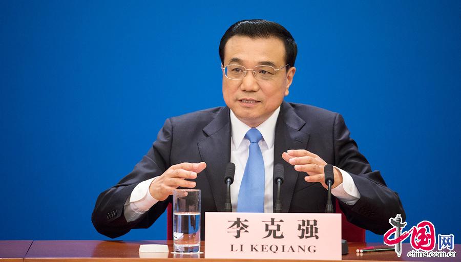 Li Keqiang : l'e-commerce comme nouveau moteur de la croissance chinoise