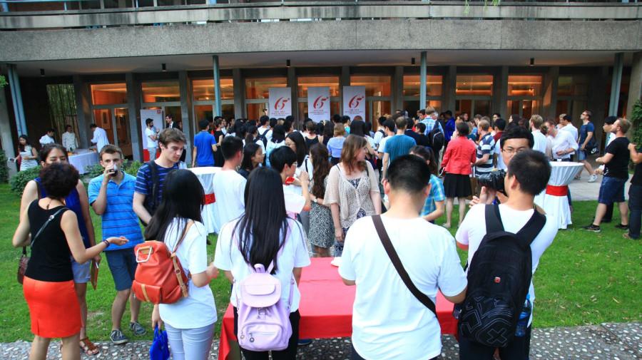 Les 100 étudiants suisses invités par le premier ministre Li Keqiang arrivent en Chine