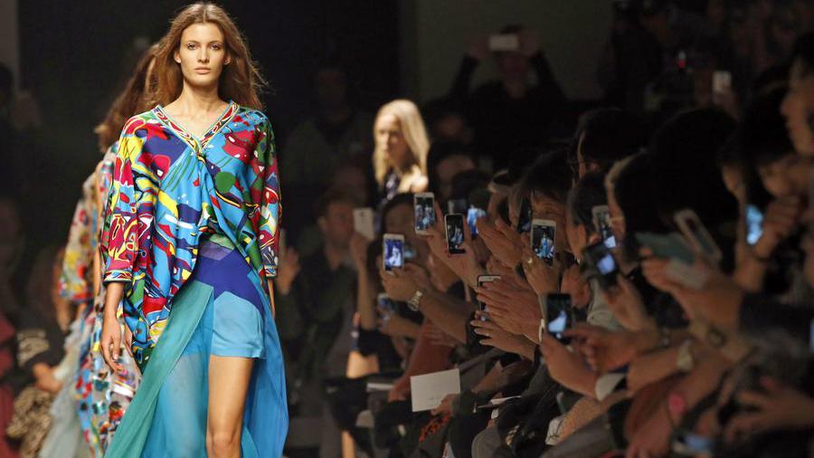 Quelques créations présentées pendant la Fashion Week de Paris