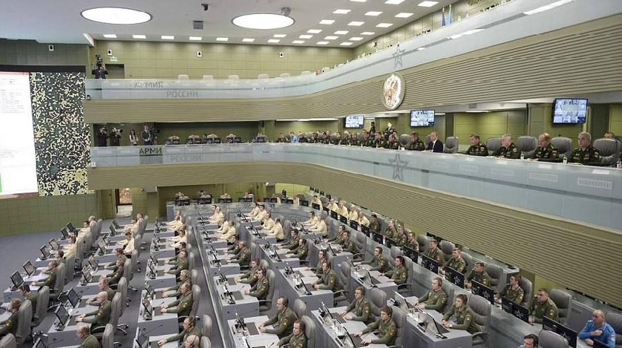 Images exclusives de la cellule de crise de Poutine
