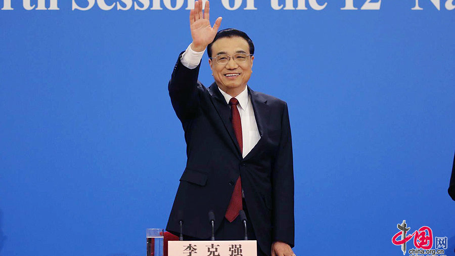 li keqiang rencontre les journalistes chinois et trangers vid o. Black Bedroom Furniture Sets. Home Design Ideas