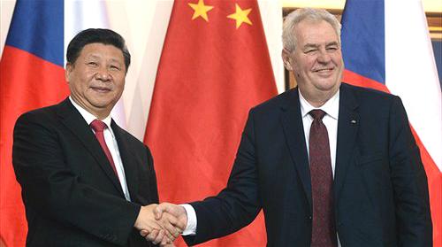 La Chine signe des contrats d'investissement d'une valeur de 4 milliards de dollars à Prague