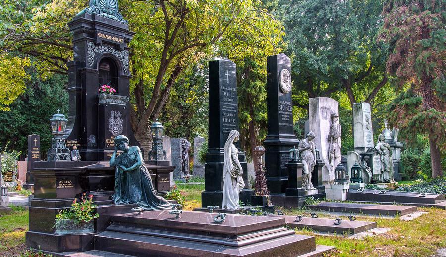 Les dix plus beaux cimetières du monde