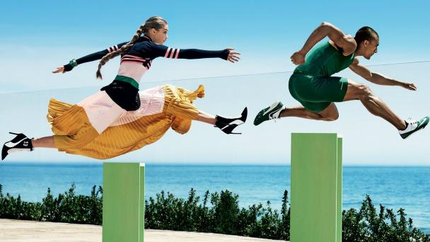 Athlètes et mannequins posent côte à côte pour le magazine Vogue