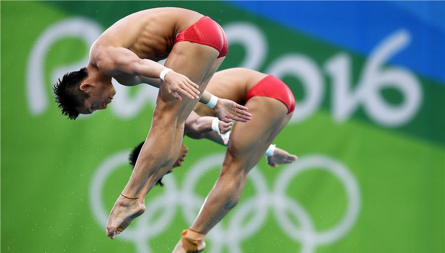 Médaille d'or pour les plongeurs chinois Lin Yue et Chen Aisen