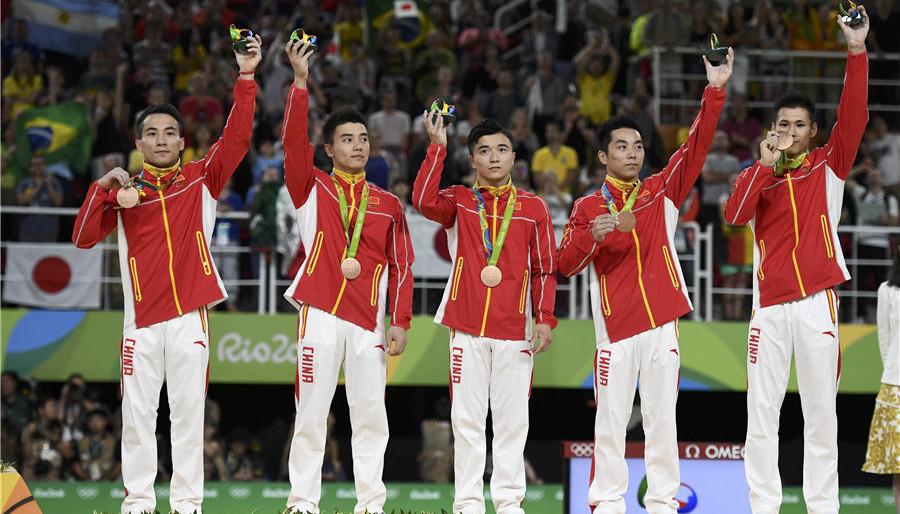 Le bronze pour les gymnastes chinois en finale hommes, l'or pour le Japon