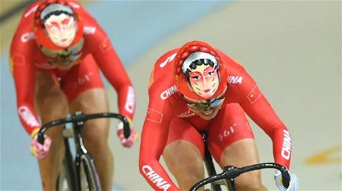 JO de Rio : les casques des cyclistes chinois ne passent pas inaperçus