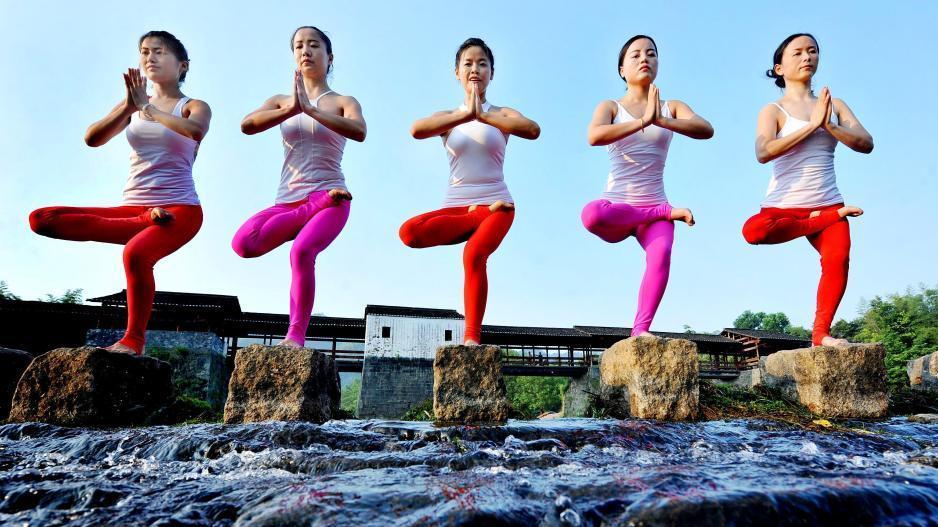 Yoga sur l'eau à Wuyuan