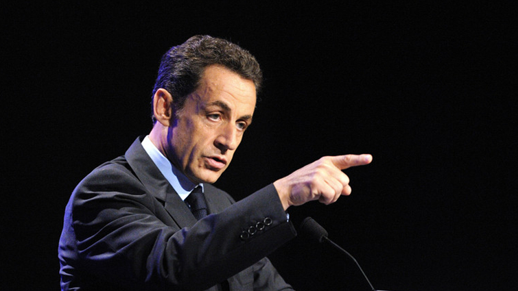 Nicolas Sarkozy se déclare candidat à la présidentielle de 2017