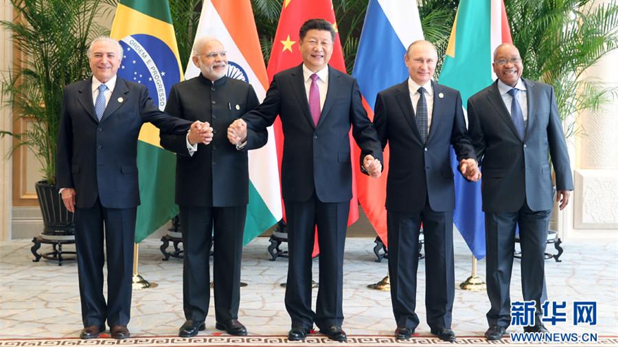 Xi Jinping assiste à la réunion des dirigeants des BRICS à Hangzhou
