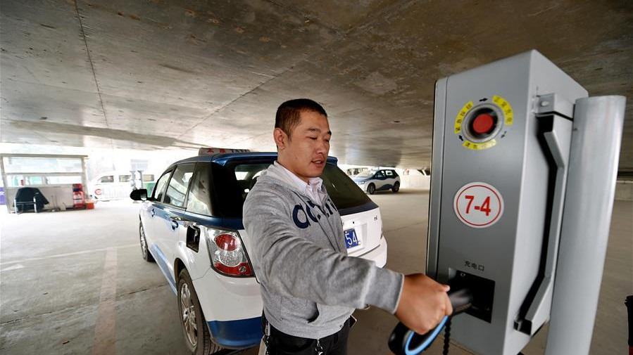 A Taiyuan, le taxi bientôt tout électrique