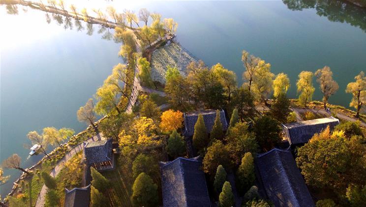 Le charme automnal de la résidence de montagne de Chengde