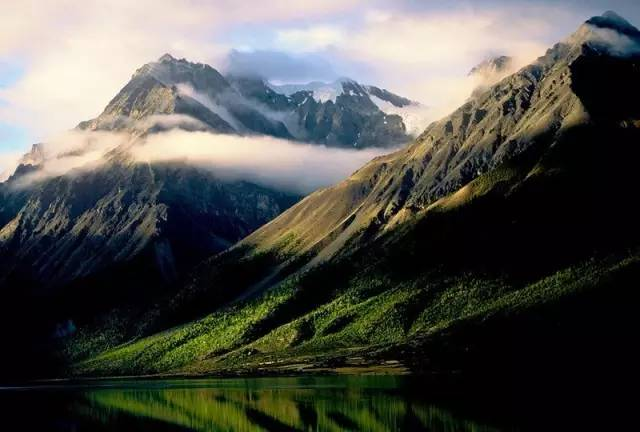 Les neuf plus belles destinations pour le repos de l âme en Chine e951e5089ac