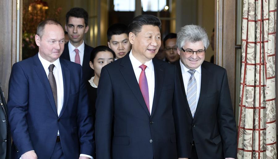 Le président chinois rencontre les présidents de l'Assemblée fédérale de la Suisse