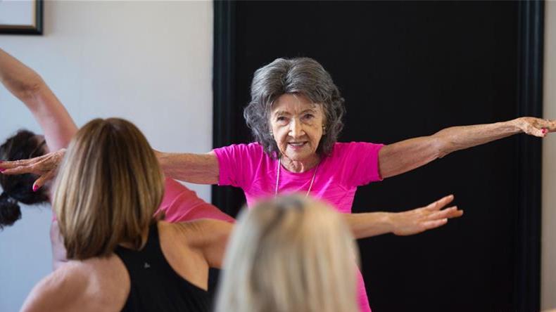 Tao Porchon-Lynch, la prof de yoga la plus âgée du monde