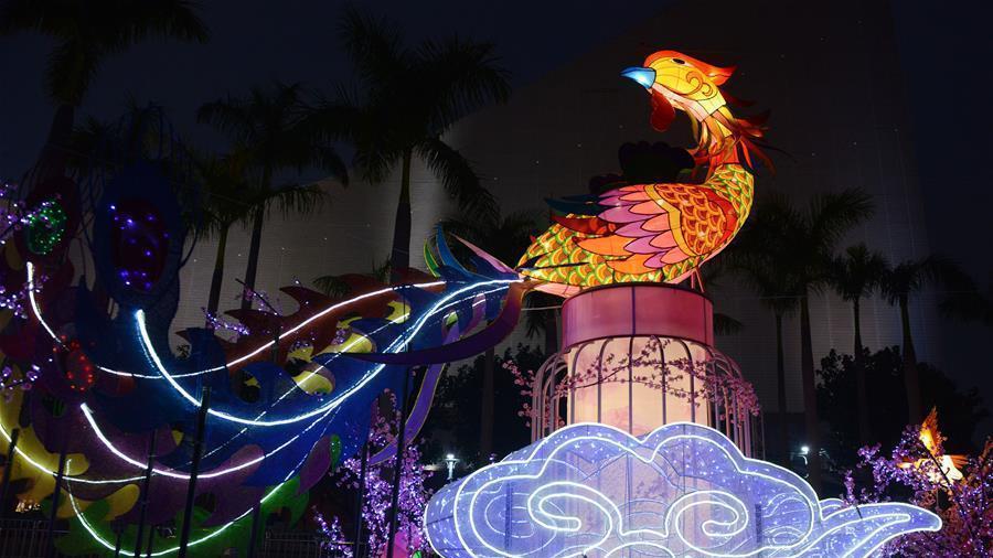 Hong Kong : exposition annuelle de lanternes pour célébrer la Fête du Printemps