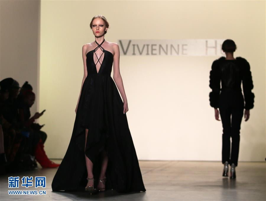 Vivienne Hu dévoile sa nouvelle collection à New York
