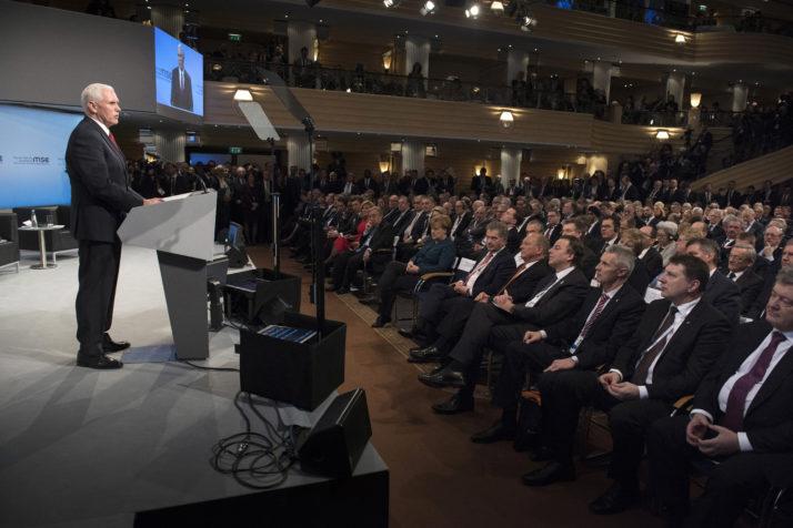 La Conférence de Munich sur la sécurité peine à dissiper les doutes sur des relations euro-américaines assombries
