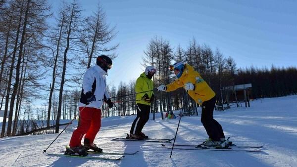 Les futurs Jeux olympiques d'hiver en Chine stimulent les entreprises locales