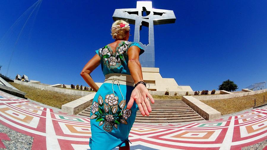 Après un mariage malheureux, une Tchèque s'embarque sur un tour du monde « manger, prier et aimer »