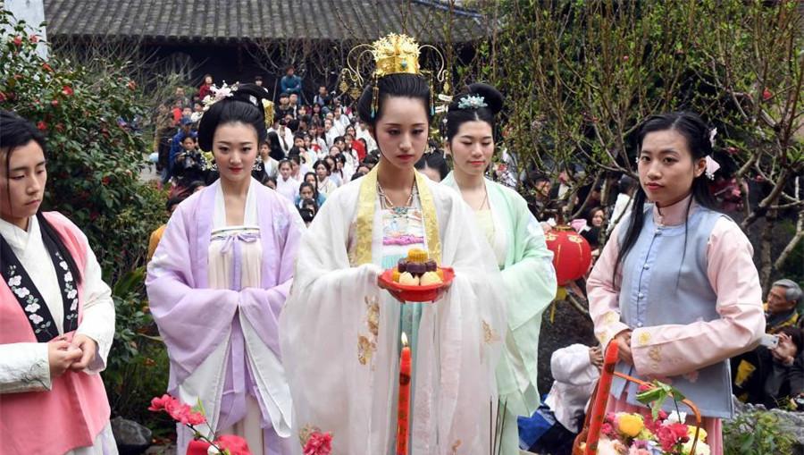 Le Festival de la fée des fleurs fêté à Fuzhou