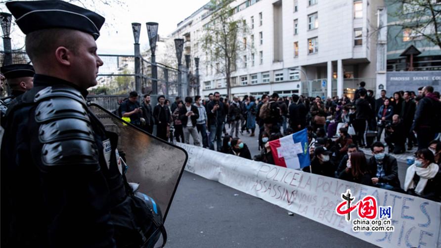 La Chine exhorte la France à protéger la sécurité des Chinois après la mort d'un ressortissant à Paris