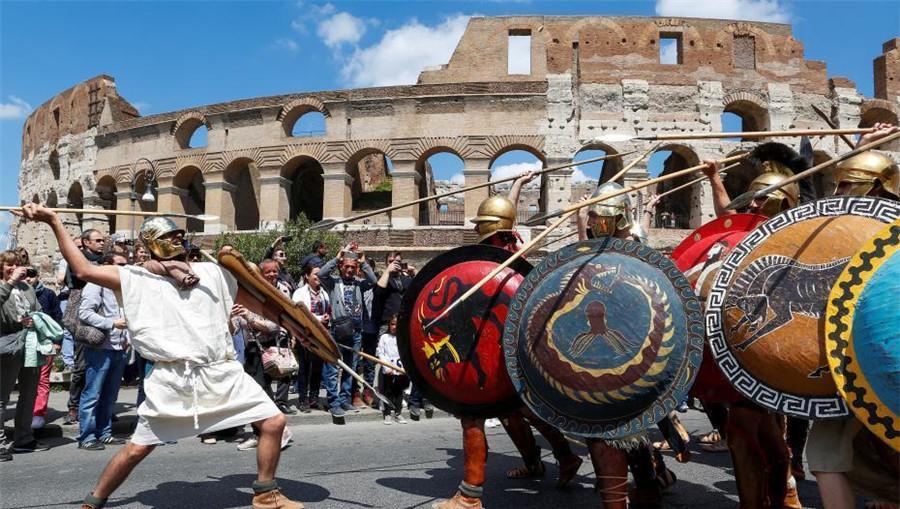 En image : les Italiens célèbrent le 2770e anniversaire de Rome