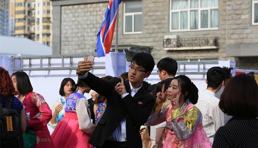 Galerie : des étudiants de Corée du Nord dans une université chinoise