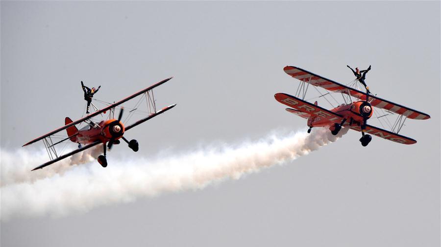 Début d'un spectacle aérien de cinq jours dans la province du Henan