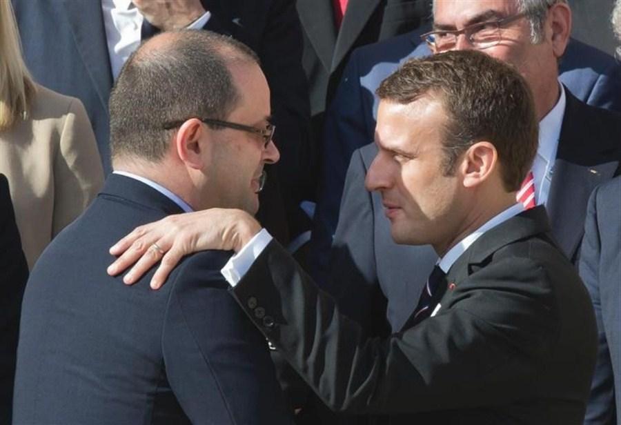 France : un gouvernement restreint avec de nouveaux visages