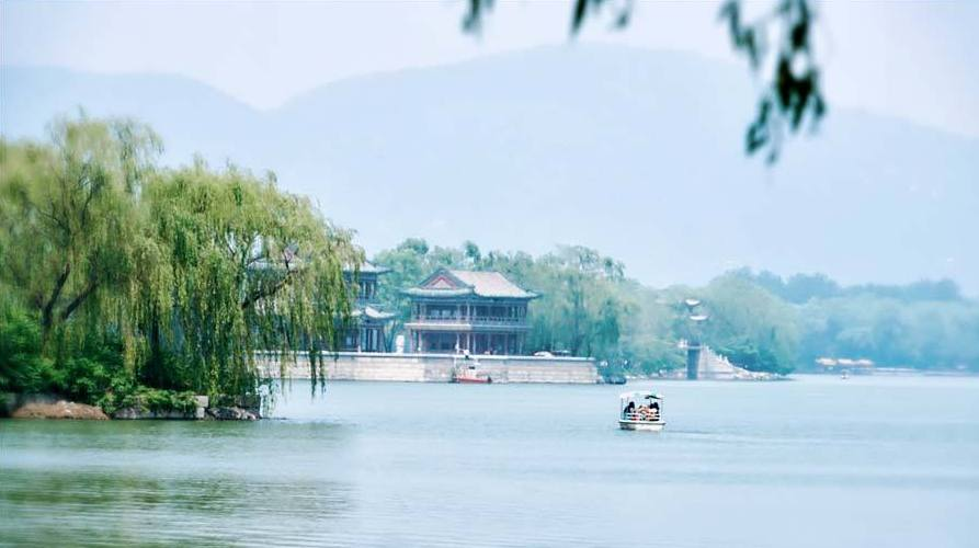 Beijing : un canal royal de la dynastie Qing qui ne cesse de couler encore aujourd'hui
