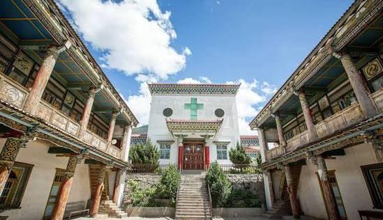 Le zhen de Yanjing : un comté tibétain où l'on croit en Jésus