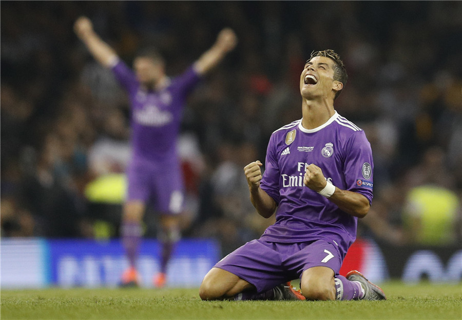 Ronaldo aide le Real Madrid à devenir la première équipe à conserver son titre en Champions League