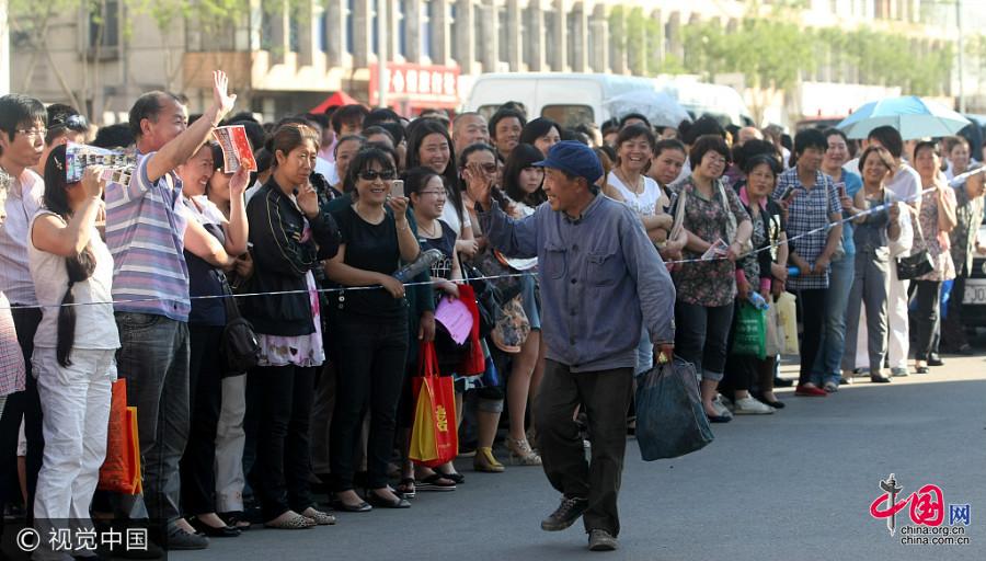 Liaoning : le 17e gaokao d'un grand-père âgé de 70 ans
